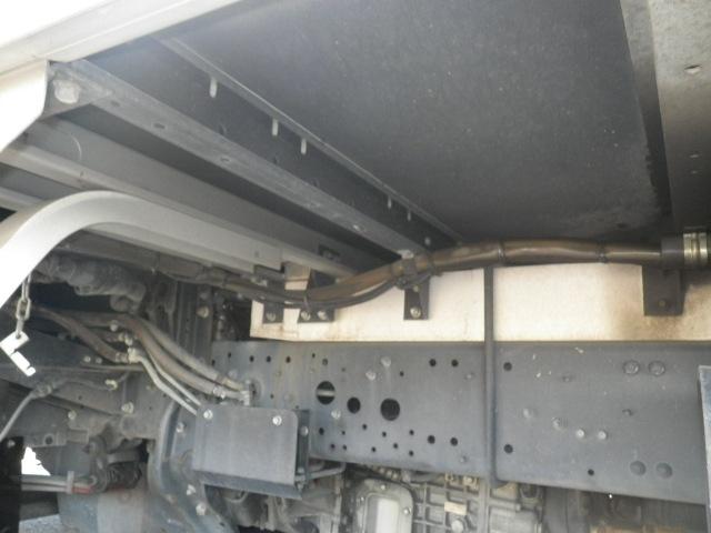 三菱 ファイター 中型 ウイング エアサス ベッド|画像9