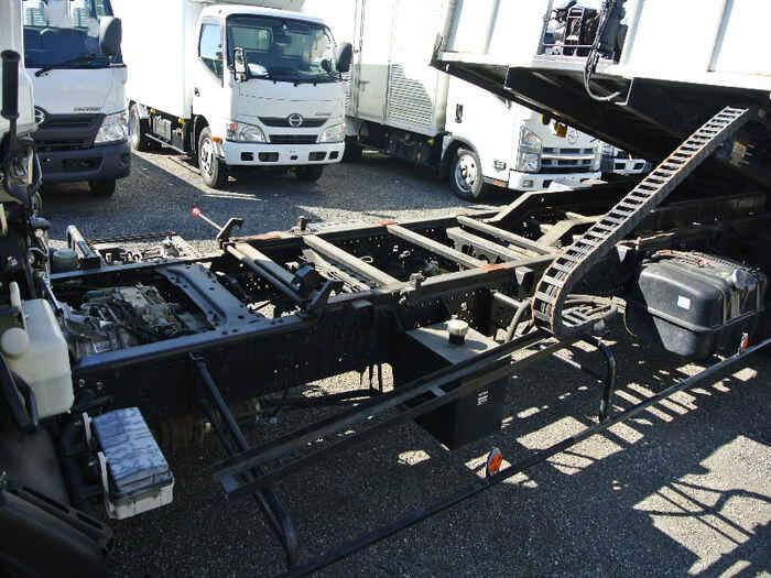 いすゞ フォワード 中型 車輌重機運搬 ラジコン ウインチ 画像13