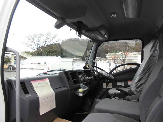 いすゞ フォワード 中型 パッカー車 プレス式 2RG-FRR90S2 駆動方式 4x2 トラック 画像 リトラス掲載
