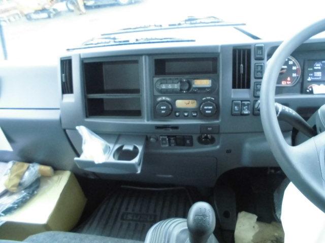 いすゞ フォワード 中型 パッカー車 プレス式 2RG-FRR90S2 荷台 床の状態 トラック 画像 トラックサミット掲載