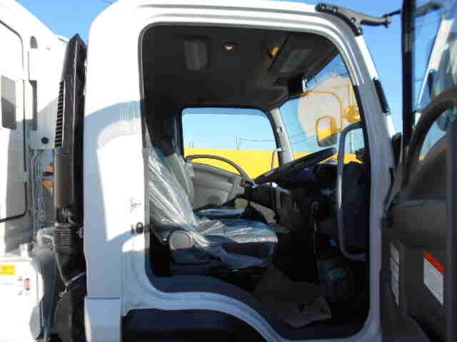 いすゞ フォワード 中型 パッカー車 プレス式 2RG-FRR90S2|型式 2RG-FRR90S2 トラック 画像 栗山自動車掲載