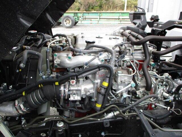日野 レンジャー 中型 ウイング パワーゲート エアサス|荷台 床の状態 トラック 画像 トラックサミット掲載