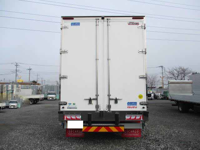 いすゞ ギガ 大型 ウイング ハイルーフ エアサス|積載 13.7t トラック 画像 ステアリンク掲載
