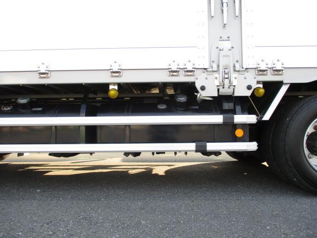 いすゞ ギガ 大型 ウイング ハイルーフ エアサス|フロントガラス トラック 画像 トラック王国掲載