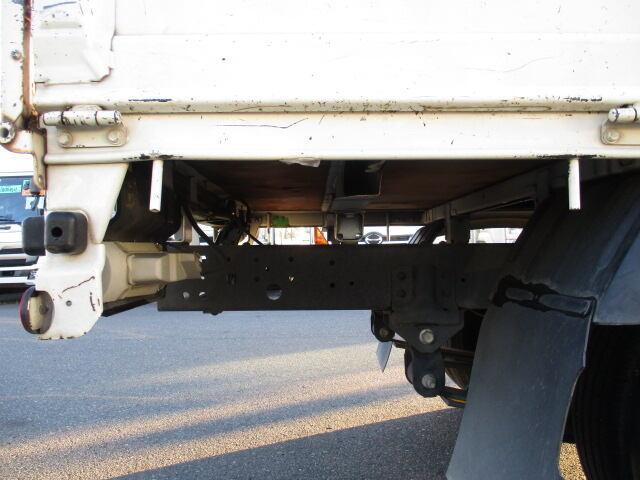 トヨタ トヨエース 小型 平ボディ TKG-XZC605 H26|荷台 床の状態 トラック 画像 トラックサミット掲載
