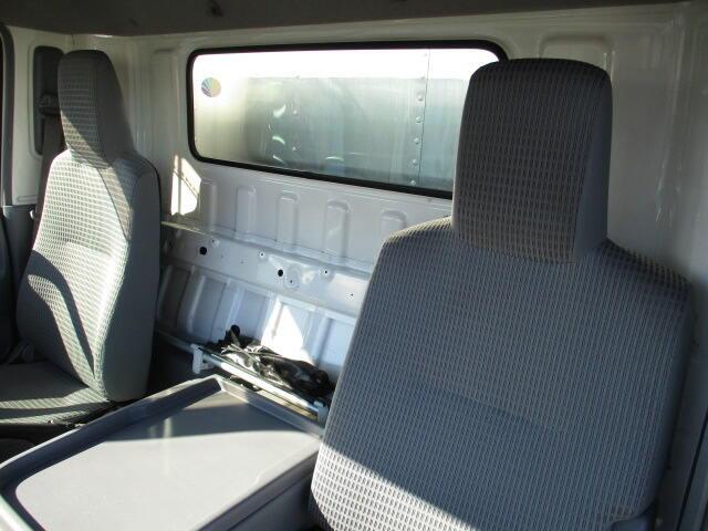 日野 デュトロ 小型 アルミバン パワーゲート サイドドア リサイクル券 8,820円 トラック 画像 トラック市掲載