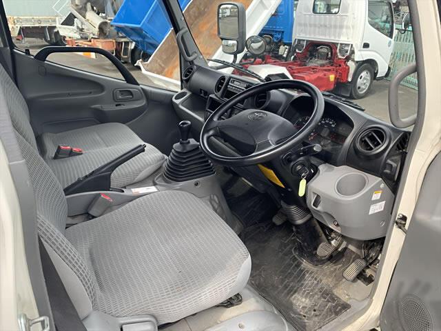 トヨタ ダイナ 小型 平ボディ TKG-XZU675 H25 画像4