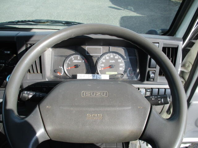 いすゞ エルフ 小型 平ボディ Wキャブ BKG-NJR85A 画像10