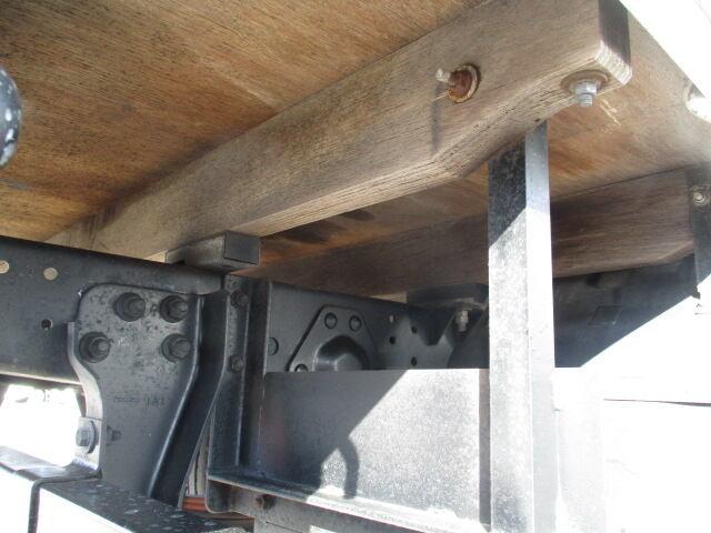 いすゞ エルフ 小型 平ボディ Wキャブ BKG-NJR85A 画像19