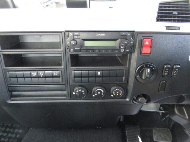 三菱 ファイター 中型 平ボディ アルミブロック ベッド|走行距離 - トラック 画像 トラックランド掲載