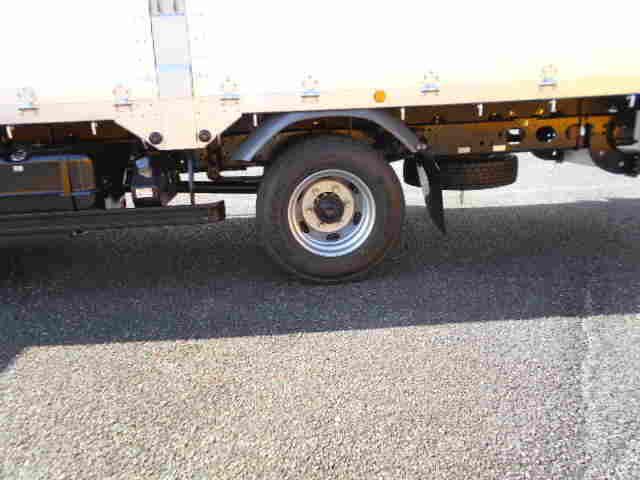 三菱 ファイター 中型 平ボディ アルミブロック ベッド|荷台 床の状態 トラック 画像 トラックサミット掲載