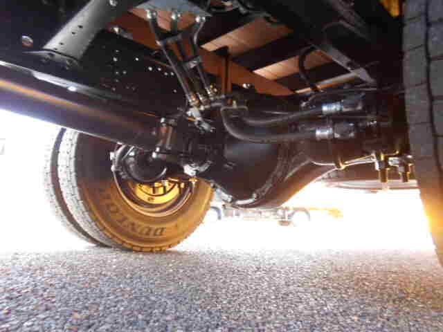 三菱 ファイター 中型 平ボディ アルミブロック ベッド|タイヤ トラック 画像 トラック市掲載