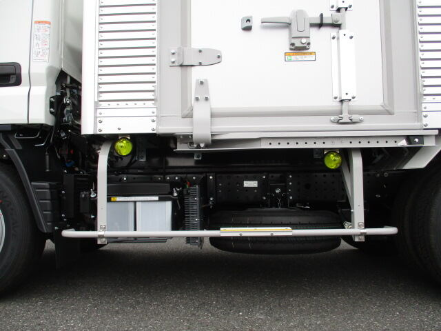 三菱 キャンター 小型 アルミバン サイドドア 2PG-FEAV0|画像16