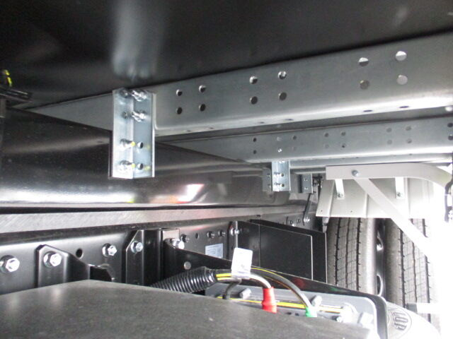 三菱 キャンター 小型 アルミバン サイドドア 2PG-FEAV0|画像17