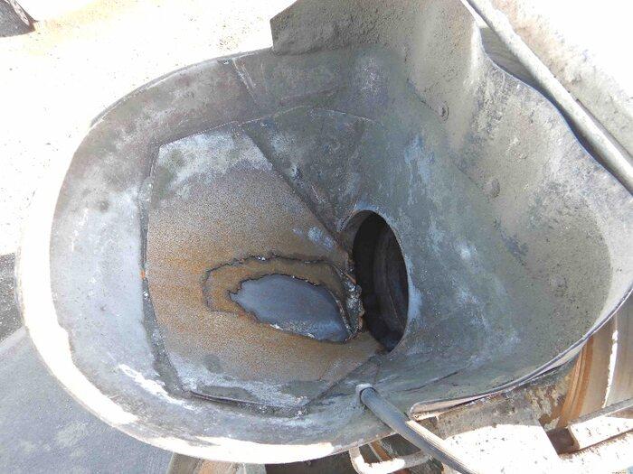 日野 レンジャー 中型 ミキサー・ポンプ BDG-FJ7JDWA H20|荷台 床の状態 トラック 画像 トラックサミット掲載