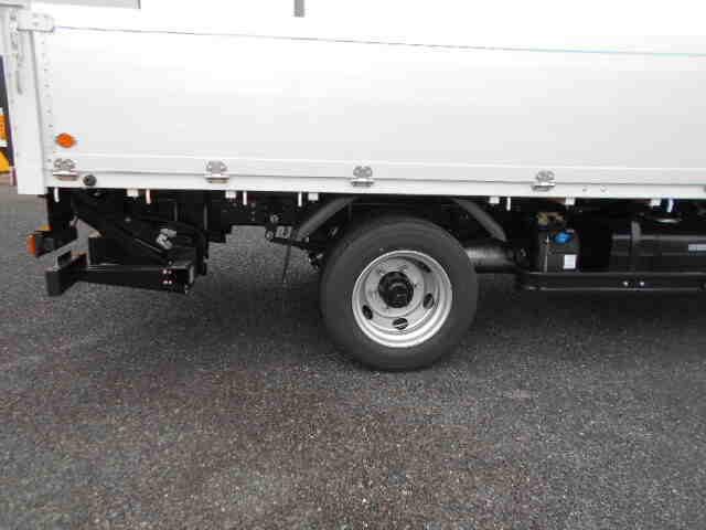 三菱 キャンター 小型 平ボディ パワーゲート アルミブロック|エンジン トラック 画像 トラスキー掲載