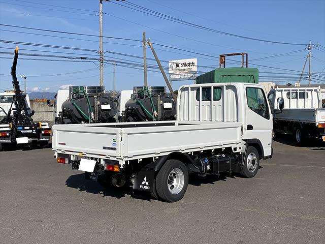 三菱 キャンター 小型 平ボディ TPG-FBA20 H30|トラック 右後画像 リトラス掲載