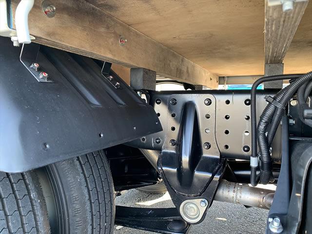 三菱 キャンター 小型 平ボディ TPG-FBA20 H30|駆動方式 4x2 トラック 画像 リトラス掲載