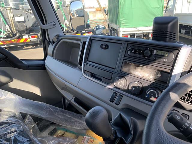 三菱 キャンター 小型 平ボディ TPG-FBA20 H30|エンジン トラック 画像 トラスキー掲載