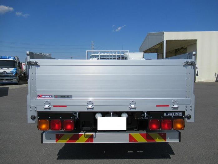 三菱 ファイター 中型 平ボディ アルミブロック ベッド|トラック 背面・荷台画像 トラック市掲載