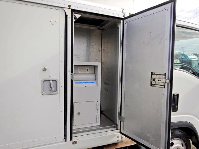 いすゞ エルフ 小型 アルミバン ボトルカー サイドドア|積載 2t トラック 画像 ステアリンク掲載