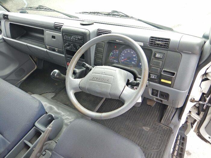 三菱 キャンター 小型 タンク車 バキューム PDG-FE83DY 画像9