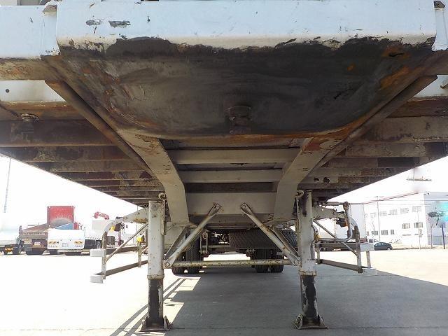国内・その他 国産車その他 その他 トレーラ 2軸 FKD240A改|荷台 床の状態 トラック 画像 トラックサミット掲載