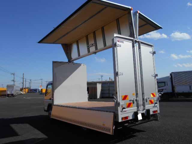 三菱 キャンター 小型 ウイング 2PG-FEB80 H31/R1 トラック 背面・荷台画像 トラック市掲載