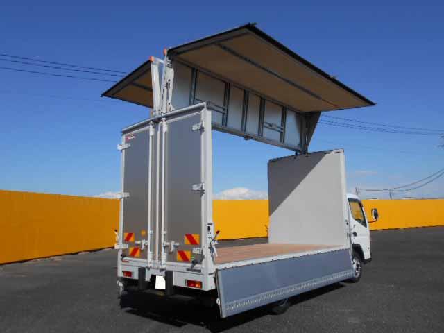 三菱 キャンター 小型 ウイング 2PG-FEB80 H31/R1 運転席 トラック 画像 トラック王国掲載