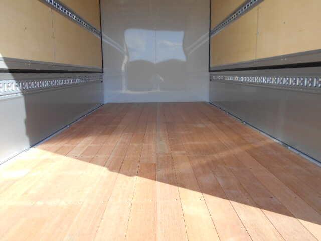 三菱 キャンター 小型 ウイング 2PG-FEB80 H31/R1 リサイクル券 8,830円 トラック 画像 トラック市掲載