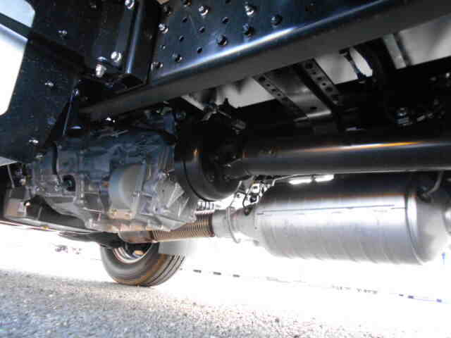 三菱 キャンター 小型 アルミバン パワーゲート サイドドア|馬力 150ps トラック 画像 トラックバンク掲載