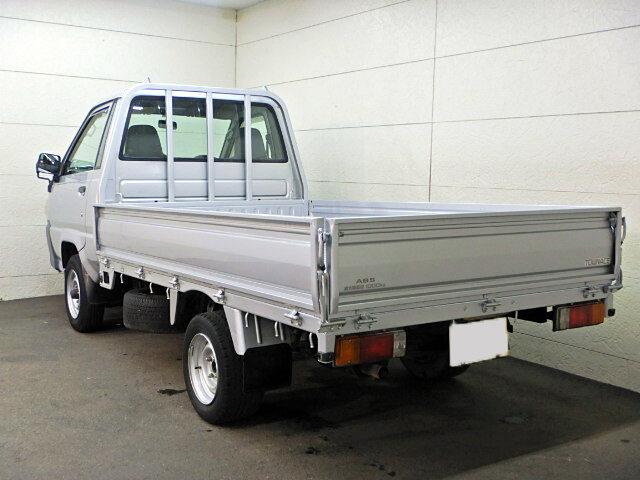 トヨタ タウンエース 小型 平ボディ GK-KM75 H18|トラック 右後画像 リトラス掲載