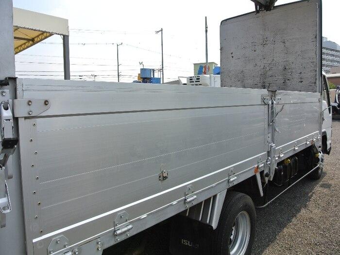 いすゞ エルフ 小型 ウイング 床鉄板 PA-NPR81R|走行距離 8.7万km トラック 画像 トラックランド掲載