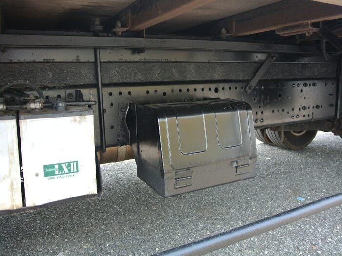 いすゞ エルフ 小型 ウイング 床鉄板 PA-NPR81R|シャーシ トラック 画像 キントラ掲載