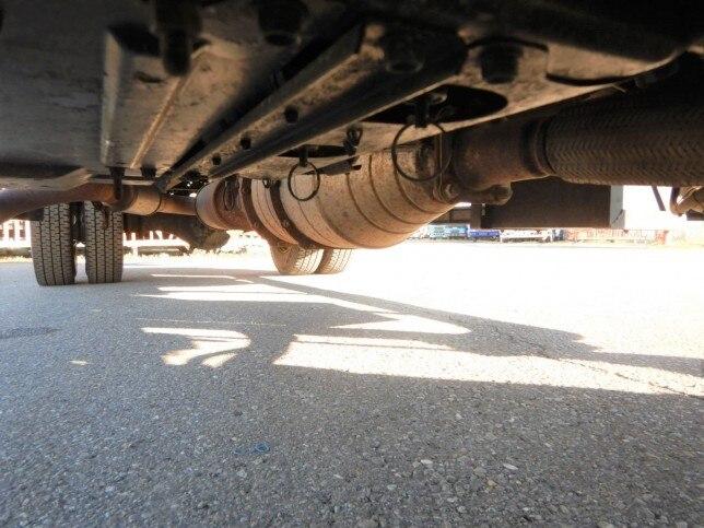いすゞ フォワード 中型 クレーン付 4段 ラジコン 駆動方式 4x2 トラック 画像 リトラス掲載