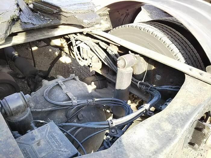 日野 プロフィア 大型 トラクタ 1デフ ベッド フロントガラス トラック 画像 トラック王国掲載
