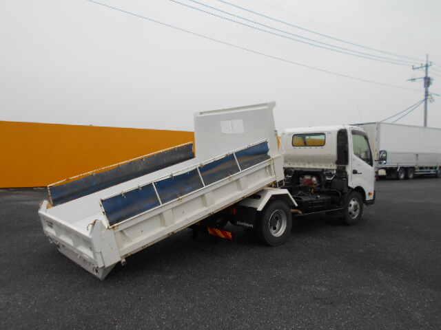 日野 デュトロ 小型 ダンプ ローダー コボレーン|駆動方式 4x2 トラック 画像 リトラス掲載