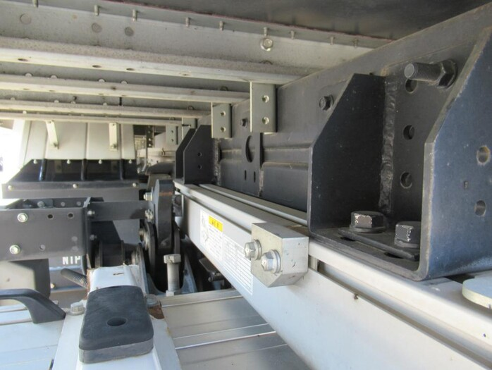 いすゞ エルフ 小型 アルミバン パワーゲート サイドドア 画像17