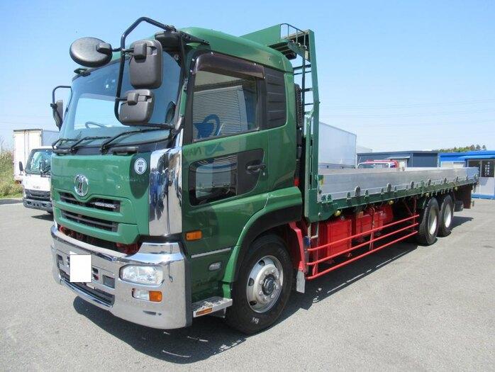 日産UD クオン 大型 平ボディ 床鉄板 エアサス トラック 左前画像 トラックバンク掲載