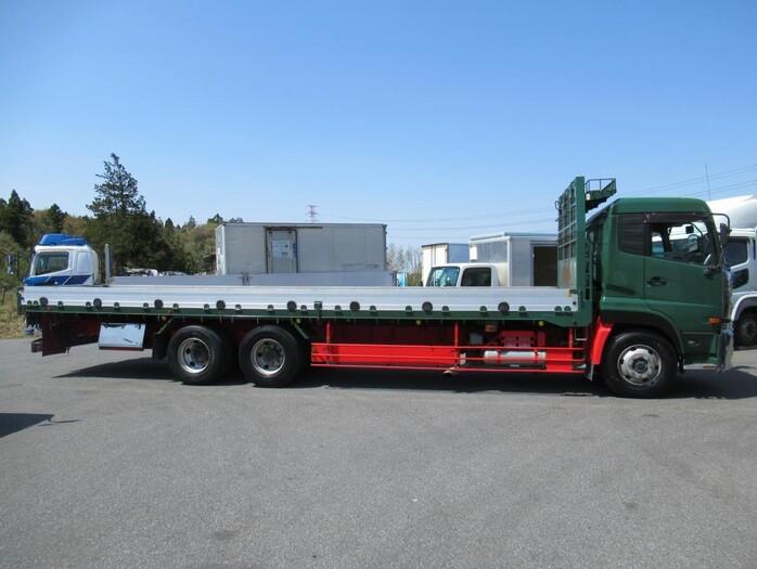 日産UD クオン 大型 平ボディ 床鉄板 エアサス トラック 右後画像 リトラス掲載