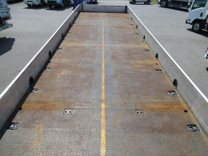 日産UD クオン 大型 平ボディ 床鉄板 エアサス シフト AT トラック 画像 ステアリンク掲載