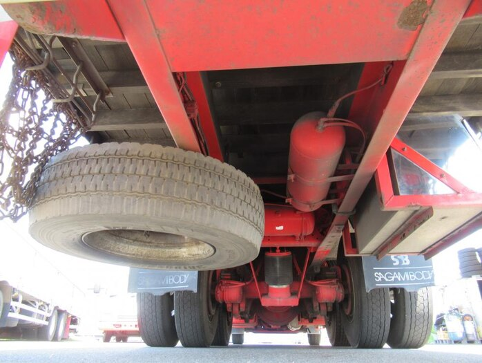 日産UD クオン 大型 平ボディ 床鉄板 エアサス リサイクル券 14,360円 トラック 画像 トラック市掲載