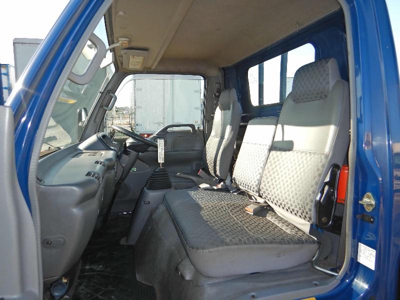 マツダ タイタン 小型 平ボディ 床鉄板 PB-LPR81AR|型式 PB-LPR81AR トラック 画像 栗山自動車掲載