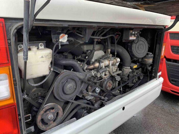 日野 メルファ 中型 バス 乗合バス PB-RR7JJAA|荷台 床の状態 トラック 画像 トラックサミット掲載
