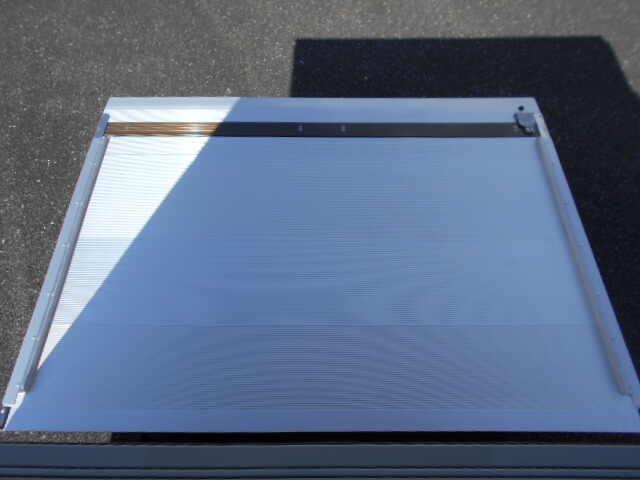 三菱 キャンター 小型 アルミバン パワーゲート サイドドア 画像5