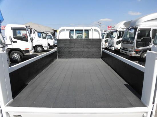 マツダ タイタン 小型 平ボディ パワーゲート TKG-LKR85A|運転席 トラック 画像 トラック王国掲載
