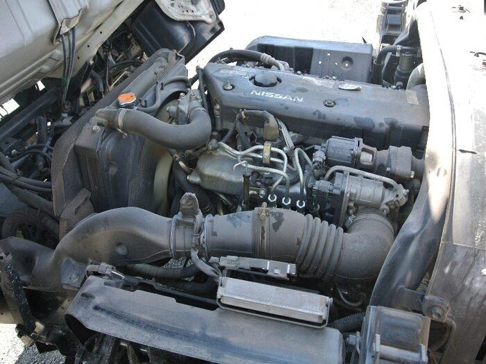 日産 アトラス 小型 平ボディ 床鉄板 PB-APR81AN|車検  トラック 画像 キントラ掲載