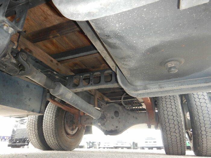 三菱 ファイター 中型 平ボディ PA-FK71RJ H17|駆動方式 4x2 トラック 画像 リトラス掲載